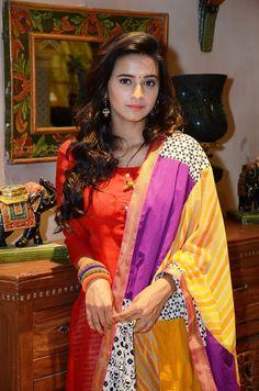 Beautiful Suit, Beautiful Girl Photo, Beautiful Girl Indian, Most Beautiful Indian Actress, Beautiful Ladies, Beauty Full Girl, Cute Beauty, Beauty Women, Shivani Surve