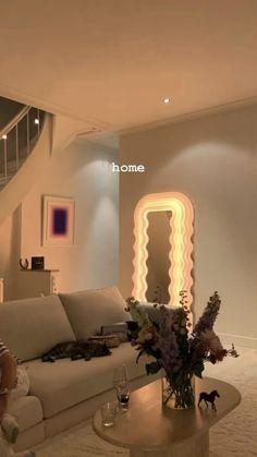 Dream Home Design, Home Interior Design, House Design, Room Ideas Bedroom, Bedroom Decor, Wall Decor, Dream Apartment, Girl Apartment Decor, Apartment Interior