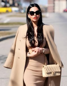 Here are my 5 Favourite Classy outfits that you can shop similar! I will guide you in the world of classy fashion and what you must buy and wear in order to look like a classy, elegant and sophisticated lady. Sophisticated Outfits, Classy Outfits, Chic Outfits, Fashion Outfits, Womens Fashion, Spring Outfits, Insta Outfits, Cheap Fashion, Fashion Ideas