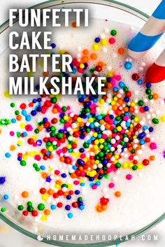 This festive cake batter milkshake only takes three ingredients to whip up: creamy ice cream, white cake mix, milk, and festive sprinkles. Plus, it's a great way to use up extra cake mix! Customize this shake by using any flavor you have on hand. Homemade Milkshake, Milkshake Recipes, Homemade Spices, Homemade Cake Recipes, Cake Batter Shake, Cream White, Ice Cream, Just Desserts, Dessert Recipes