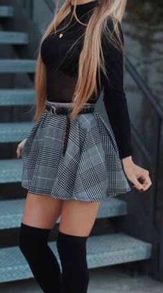 Adrette Outfits, Cute Skirt Outfits, Cute Skirts, Girly Outfits, Cute Casual Outfits, Stylish Outfits, Fall Outfits, Cute Date Outfits, Night Outfits