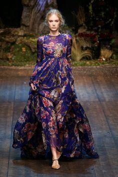 Fashion Show: Платья из коллекции Dolce & Gabbana Осень 2014