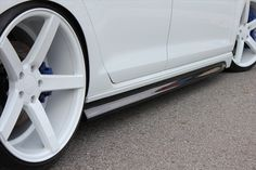 Japanese tuners Alpil have released a styling package for the new VW Golf The new Alpil VW Golf 7 body kit is a great improvement to yout Golf. Volkswagen Touran, Wheels, Tips, Auto Accessories, Cars, Counseling