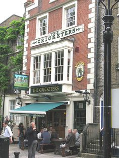The Cricketers, Richmond, London Richmond Surrey, Richmond London, Richmond Upon Thames, British Pub, British English, London Pubs, Old London, Life In The Uk, Kensington London