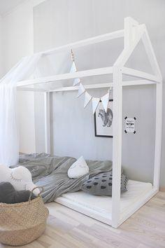 Valontalo sänky talosänky myös sängynaluslaatikko pinnasänky alk 399 Scandinavian Modern, Kidsroom, Toddler Bed, Room Decor, Nursery, House Design, Cool Stuff, Furniture, Amanda