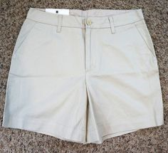 Gap Classic Fit Mid Rise Beige Khaki Womens Shorts Size 4 NWT (P24#627) #GAP #KhakiChino