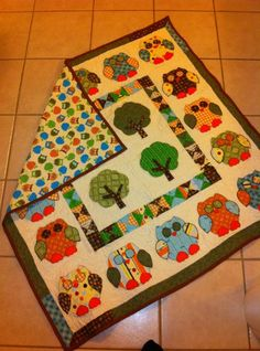 Owl quilt (hooterville pattern)... @Cambryn Willsey, I would love to make this for you! Too bad I am JUST learning to knit and this looks really complex! Maybe for child #2.