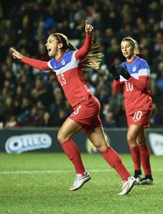 93de5cbc3ee Alex Morgan  13 and Carli Lloyd  10