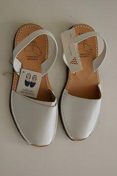 Sandalias españolas Mibo de cuero