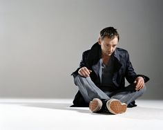 John Simm - it's quite hard to find a photo where he doesn't look really smug and therefore kind've unattractive, but this will do. John Simm, Young John, State Of Play, Online Photo Gallery, Love To Meet, British Actors, Fine Men, Music Tv, Pretty Boys