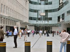 Just a few blocks from Oxford Circus is the BBC Broadcasting House, where you can be in the studio audience for free tapings for shows like Nevermind the Buzzcocks or Listomania. You can request tickets online, but plan ahead—popular shows fill up quickly.
