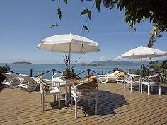 Casa em Ilha beira do mar com Barco e serviços -6 suite.vago para Corpus Christ Aluguer de férias em Paraty da @homeaway! #vacation #rental #travel #homeaway