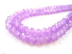 Cristal neón Traslucido color lila 8mm $48 el collar con 143 Piezas Precio especial a mayoristas.