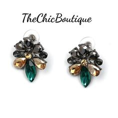 Beautiful green earrings pair perfectly with some of our necklaces for a complete look.  Fast and Free shipping in the U.S | Shop this product here: http://spreesy.com/TheChicBoutique/249 | Shop all of our products at http://spreesy.com/TheChicBoutique    | Pinterest selling powered by Spreesy.com