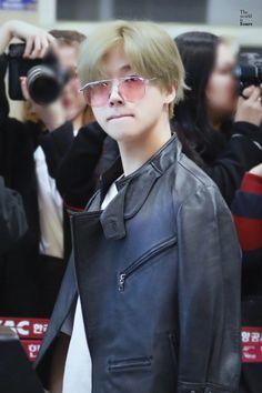 171027 #iKON #Jinhwan #JAY Taehyung, Ikon Debut, Kim Jin, Reasons To Live, Hanbin, Kpop, Green Hair, Yg Entertainment