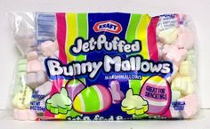 Bunny Mallow Popcorn is a yummy sweet and salty popcorn treat that is so easy to make. Surprise your family with this fun Easter dessert. Jet Puffed Marshmallows, Perfect Popcorn, Marshmallow Bunny, Food Net, Jell O, Easter Candy, Snacks, Chocolate Dipped, Hot Chocolate