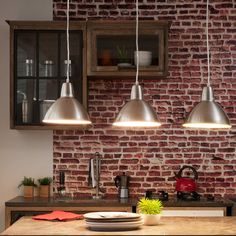 Plus de 1000 id es propos de lustres sur pinterest tom for Suspension triple luminaire