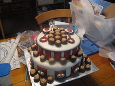 Ohio State Baby Shower cake made by me...