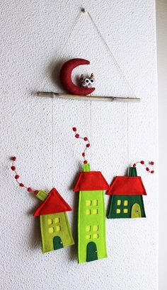 felt wall decor - houses