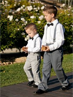 super cute traditional wedding bearer ideas for you big day Gold Diamond Wedding Band, Rose Gold Engagement Ring, Grey Tux, Black Tux, White Tux, Grey Suspenders, Ring Bearer Outfit, Ring Bearer Suspenders, Diamond Promise Rings