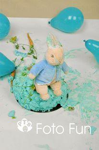 Smash the cake, Christopher Rabbit
