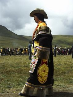 lovely eastern tibetan style at festival in Yading