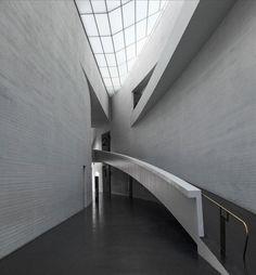 STEVEN HOLL, Kiasma (Contemporary Art Museum of the Finnish...