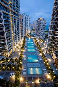 viceroy miami pool, Brickell Avenue, Miami, Florida, USA. please like and share this beautiful view. for more information, please visit: http://www.travelfox.com/hotels/viceroy-miami-33745