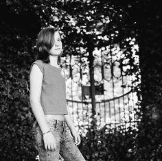 https://flic.kr/p/HoptvW | 20160521_R00293_MFL-09_2048p_72dpi_sharpen |  LAURA - in the Castle Garden | A test shoot with the young Laura, some new film development technique and to test my new Hasselblad 501cm with the Zeiss Planar 80. #hasselblad501CM #hasselblad #CarlZeissPlanar80CB #Zeiss #mediumformat #120 #6x6 #square #film #analog #ilovefilm #ishootfilm #filmisnotdead #scan #MeinFilmLab #Kodak #TRI-X400 #KodakTRIX400 #Tri-x #Regensburg #fashion #pose #photography #photo #bw…
