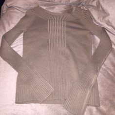 Long sleeve top Brown long sleeve knit sweater. Very comfortable. Just no longer fits. Will bundle with other two sweaters (black and mint ones for discounted price) Tops
