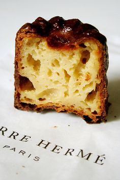 Cannelé, Pierre Hermé (PARIS)