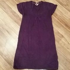 Purple sweater tunic Great condition. Sweater material. short sleeved tunic. Plum colored. Derek Heart Tops Tunics