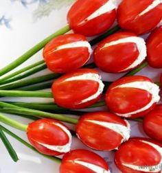 Tomato tulips with creme cheese / Krémsajtal töltött paradicsom tulipánok újhagyma szárral / Mindy -  creative craft ideas for everyday