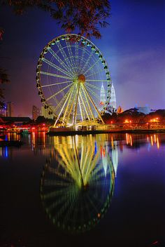 """""""Eye on Malaysia was a transportable Ferris wheel installation in Malaysia. It began operating in Kuala Lumpur in 2007, and was then moved to Malacca in 2008, where it operated until 2010."""" Wikipedia"""