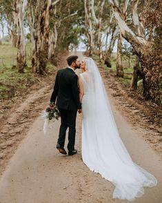 Couple Shoot, Mr Mrs, Wedding Couples, Groom, Wedding Photography, Bride, Wedding Dresses, Wedding Bride, Bride Dresses