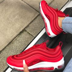 Nike Air Max 97 Gym Red // such a mega sneaker for women! Red shoes take getting used to, but here he looks great … Photo: Nike Air Max 97 Gym Red // such a mega sneaker for women! Red shoes take getting used to, but here he looks great … Photo:
