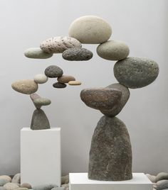 Stone Spiral on Stand Stone Crafts, Rock Crafts, Arts And Crafts, Rock Sculpture, Stone Sculptures, Garden Sculptures, Abstract Sculpture, Deco Cool, Art Pierre