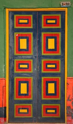 Ráquira, Boyacá, Colombia  HD: Yes, it's a door.  But it would make a nice quilt!!!!!