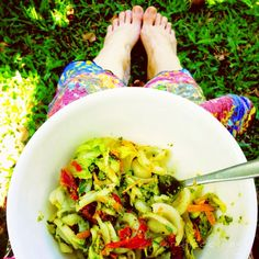 Quirky cooking: lunches chicken pesto pasta salad, pasta salad for kids, . Whole Food Recipes, Dinner Recipes, Healthy Recipes, Cooking Recipes, Turkey Recipes, Free Recipes, Chicken Pesto Pasta Salad, Quirky Cooking, Homemade Pesto