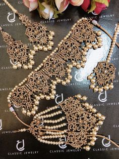 """CLASSIC JEWELRY"" presenting exquisite traditional & fashion jewelry special in gold plated. Dainty Gold Jewelry, Gold Jewellery Design, Branded Jewellery, Delicate Necklaces, Indian Bridal Jewelry Sets, Bridal Jewellery, Bridal Accessories, Indian Jewelry, Bridal Necklace Set"