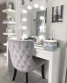 Vanity room design ideas 20 - home decor update Vanity Room, Vanity Mirrors, Mirror Desk, Diy Mirror, Lighted Mirror, Diy Vanity Mirror With Lights, Vanity Lighting, Vanity Chairs, Vanity Set