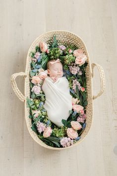 Spring Floral Newborn Pictures, Dreamy Floral Newborn Photos, Utah Wedding Florist Calie Rose, Moses Basket with Flowers