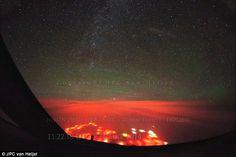Luzes estranhas foram vistas perto da península russa de Kamchatka de (imagem ao piloto ho...