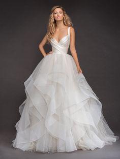 dd6c1019c3f3 Sleeveless Bandage Bodice Horsehair Trip Skirt Ball Gown Wedding Dress