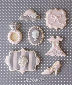 東京シュガーアート 頑張ってシュガーアートを広めてマス!の画像 Elegant Cookies, Fancy Cookies, Vintage Cookies, Cute Cookies, Easter Cookies, Birthday Cookies, Yummy Cookies, Cookie Frosting, Royal Icing Cookies