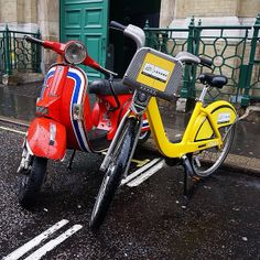 Very cool shot of yellow bike alongside a Vespa near Covent Garden. Thanks to icreatelife_ who posted this via Instagram.