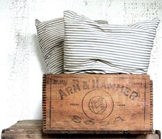 crate or box --advertising crate -- rustic home decor -- vintage storage -- urban farmhouse decor -- wood box -- wood crate