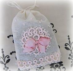 Lavender Potpourri Sachet - nice bridesmaid's gift!