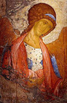 Архангел Михаил из Успенского собора в Звенигороде. Андрей Рублев. Около 1400.