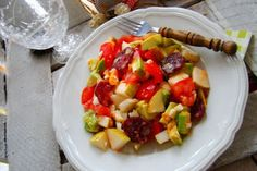 MojaKuchniaMalutka i reszta domu : Sałatka z gruszki i awokado Kung Pao Chicken, Meat, Ethnic Recipes, Food, Essen, Meals, Yemek, Eten